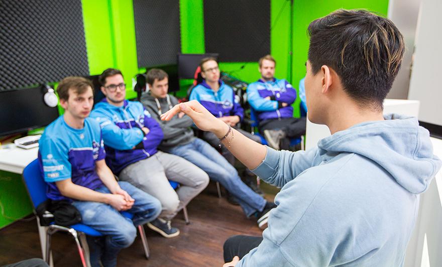 Das esports-Bootcamp der Tickling Tentacles willhaben